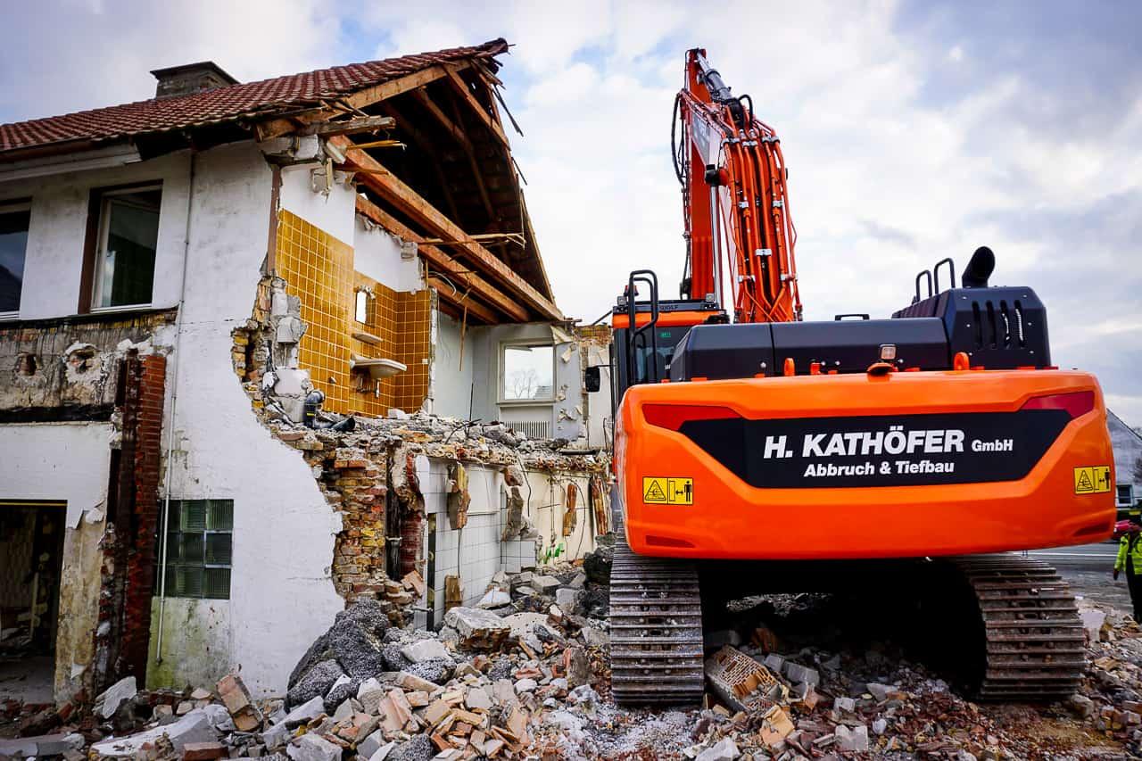 Abbruch_Kathoefer_Einfamilienhaus